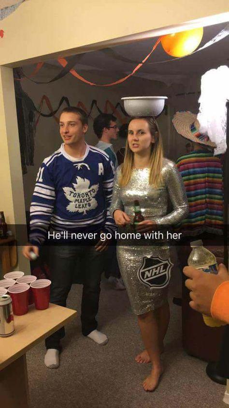 A joke only hockey fans will get Hockey Baby, Ice Hockey, Bruins Hockey, Hockey Room, Football Girls, Hockey Girls, Montreal Canadiens, Mlb Montreal, Stanley Cup Costume