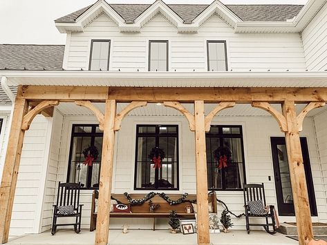 Farmhouse Porch Corbels 36 Ideas In 2020 House With Porch
