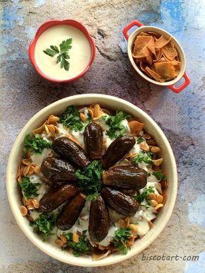 فتة المكدوس من الأكلات الدمشقية العريقة و الفخمة يمكن لأنو مكوناتها فخمة و فيها ملك الخضار الباذنجان أو يمكن لأ Recettes De Cuisine Cuisine Cuisine Arabe