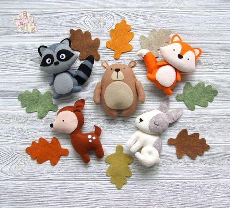 Décor de pépinière de forêt Felt animaux de forêt Animaux de salle de bébé décor de salle de Noel Décoration Felt animaux ornements Bébé mobile