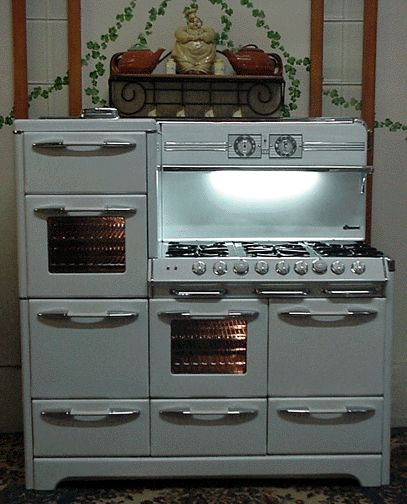 The Perfect Stove For Me Least A 60 O Keefe Merritt Antique Gas Stove 3 3 Vintage Kitchen Appliances Retro Kitchen Appliances Retro Kitchen