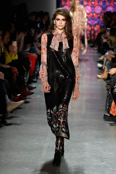 Anna Sui At NYFW, Fall 2018 - Kaia Gerber's Most Head-Turning Runway Moments - Photos