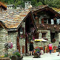 Bonneval Sur Arc Village Classe Parmi Les Plus Beaux Villages De