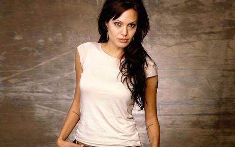 Lara Jolie Venus