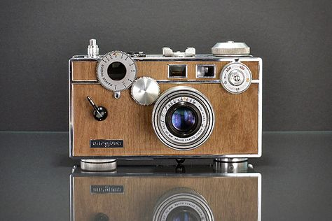 Vintage Rangefinder Camera.....lovely design and looks almost modern in it's style