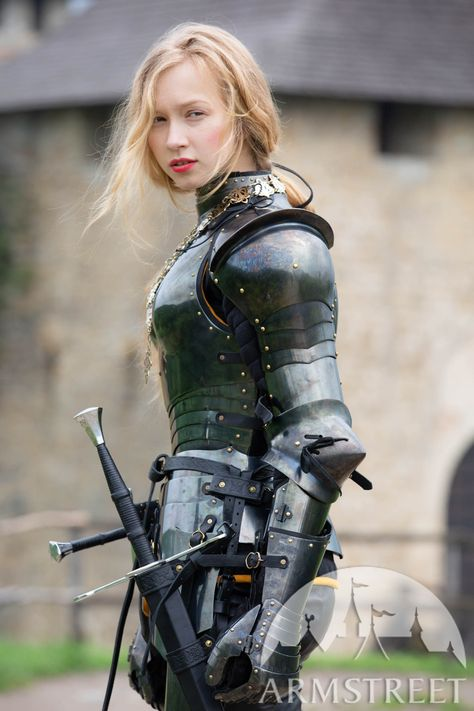 Female Pose Reference, Art Reference Poses, Hand Reference, Female Armor, Female Knight, Armadura Medieval, Medieval Armor, Medieval Fantasy, Poses References