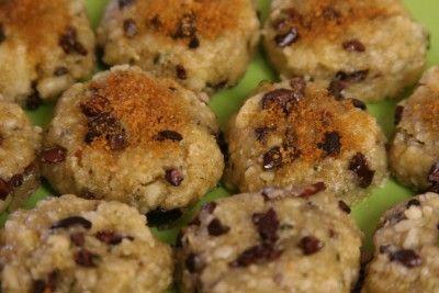 raw-vegan-chocolate-chip-cookies-healthy-snack