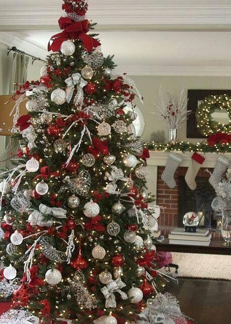 Most Pinteresting Christmas Trees On Pinterest Cool Christmas Trees Silver Christmas Tree Elegant Christmas Decor