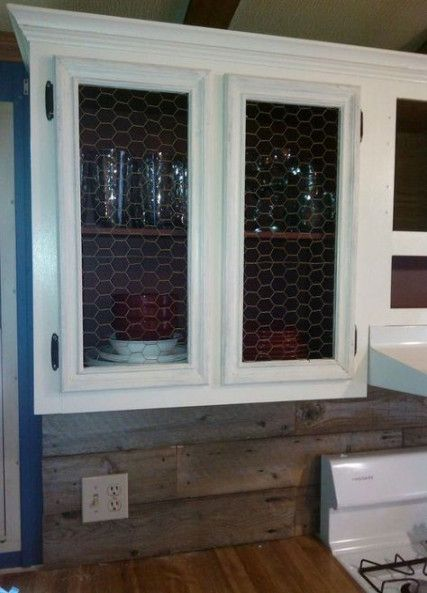 Farmhouse Rustic Kitchen Cabinets Chicken Wire 32 Ideas Rustic Farmhouse Kitchen Mobile Home Renovations Mobile Home Living