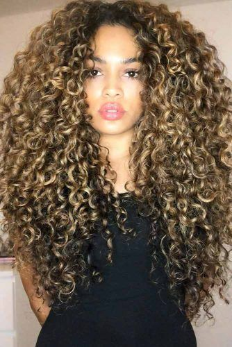 All The Facts About 3a 3b 3c Hair The Right Care Routine For Them Curly Hair Styles Curly Hair Styles Naturally Highlights Curly Hair