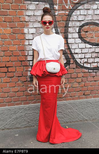 Blogger Marzia Peragine arriving at the Fendi Spring/Summer 2015 runway show in Milan, Italy - Sept 18, 2014. © dpa picture alliance / Alamy