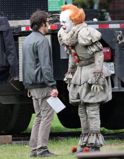 Ramblings Of A Social Pariah Pennywise Bill Skarsgard Pennywise The Dancing Clown
