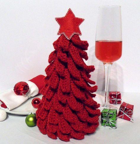 001 Christmas Tree Crochet pattern by Kate Sharapova | Knitting Patterns | LoveKnitting