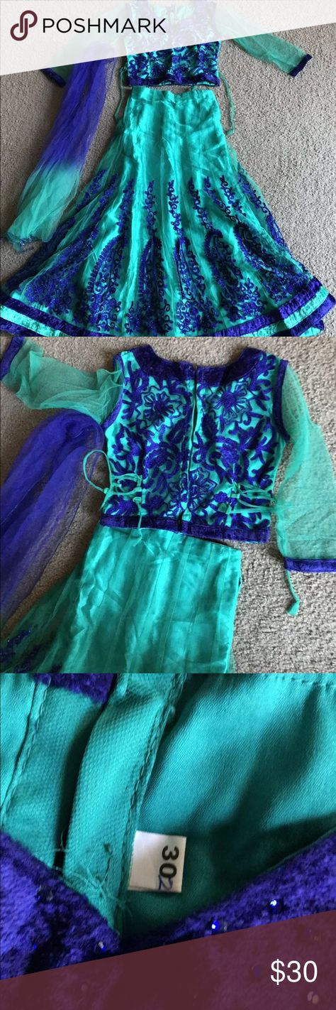 Crop top, skirt and scarg (Chania choli) Dress Please see pictures for the measurements. Other
