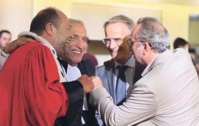 Eric Dupond-Moretti, Gérard Darmon, Christophe Lambert et Antoine Duléry sur le tournage de Chacun sa vie et son intime conviction.