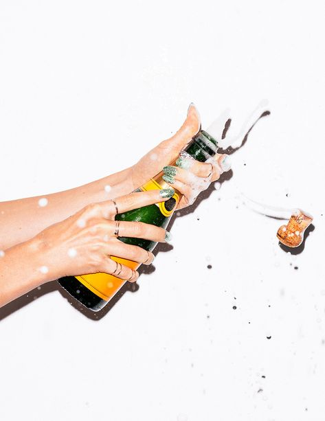 Hope your weekend plans are as exciting as Champagne popping. Wow Photo, Champagne Pop, Champagne Quotes, Flirt, Nouvel An, End Of Summer, New Years Eve, Just In Case, Party Time