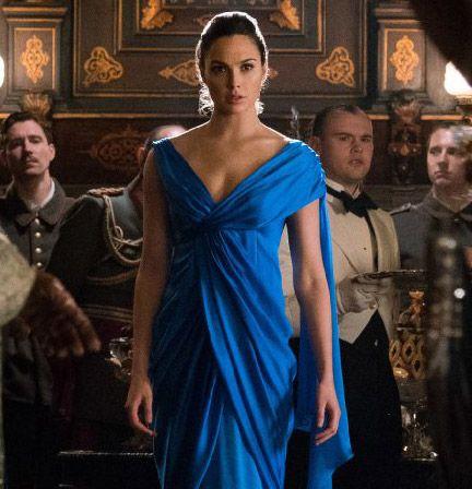 Steal Gal Gadot S Beautiful Blue Gown From Wonder Woman Wonder Woman Blue Dress Wonder Woman Dress Long Blue Dress