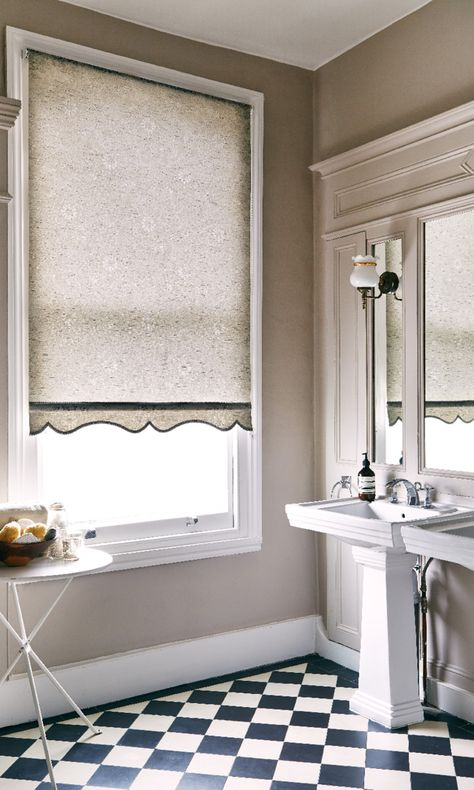 Finch Rustic Grey Roller blinds for your bathroom from Hillarys. Find more inspiration here: http://www.hillarys.co.uk/