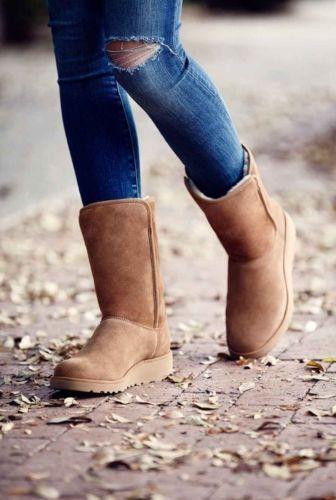 7392730efdb WOMENS UGG AUSTRALIA BOOT Amie Classic Slim Water Resistant Short ...
