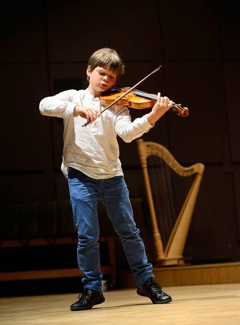 Kabalewski Dimitri Violinconcerto Violin Concert Of Winner Of The Final Of Swiss National Competition Of Young Musicians Young Musician Violinists Violinist