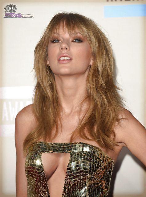 Nipple taylor swift Taylor Swift's