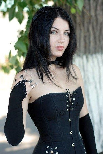 Pin By Old Man On Punk Girls Gothic Fashion Goth Beauty Pastel
