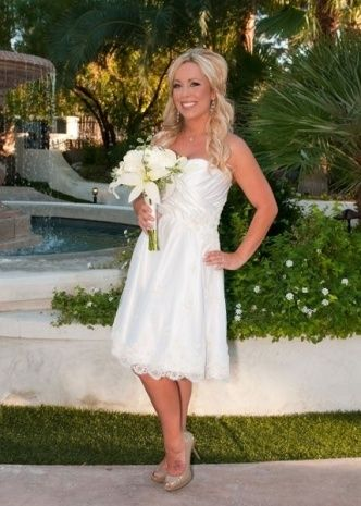 Vegas Wedding Gowns | Dresses and Gowns Ideas | Pinterest | Vegas ...