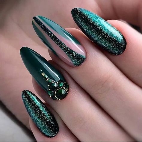 56 UNIQUE AND BEAUTIFUL PERSONALITY NAIL COLORS DESIGNS - Page 16 of 56 - Breyi