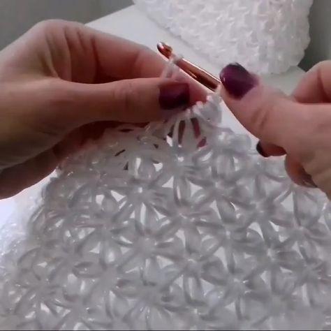 Punto Jazmín Tejido A Crochet Paso A Paso En Vídeo Tutorial Salvabrani Favland Org Crochet Stitches Crochet Star Stitch Scarf Crochet Pattern