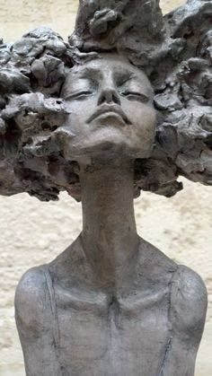 by Valerie Hadida___ sculpture