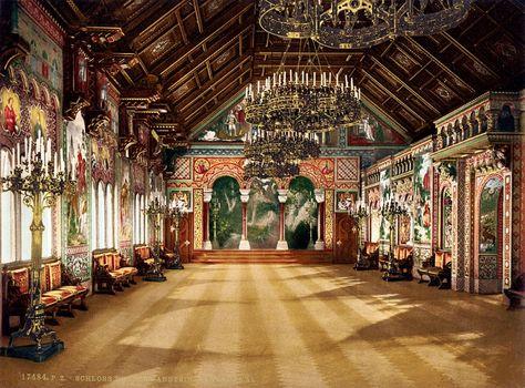 Schloss Neuschwanstein Sangersaal Vorbild War Der Sangersaal Auf Der Wartburg Neuschwanstein Castle Germany Castles Castles Interior