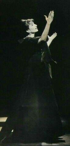 Maria Callas, La Divina em importante concerto no Palais Garnier (Paris, 1958).