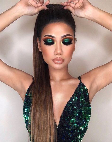 32 Nice Christmas Party Makeup Ideas That Looks Glamorous