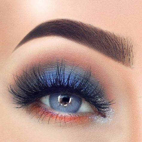 Gorgeous Makeup: Tips and Tricks With Eye Makeup and Eyeshadow – Makeup Design Ideas Rockabilly Makeup, 50s Makeup, Pin Up Makeup, Crazy Makeup, Makeup Goals, Makeup Art, Eyeshadow For Blue Eyes, Blue Eye Makeup, Eyeshadow Looks
