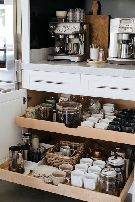 Helpful tips and ideas for organizing a beautiful kitchen coffee station. Helpful tips and ideas for organizing a beautiful kitchen coffee station. Coffee Station Kitchen, Coffee Bar Home, Home Coffee Stations, Coffee Coffee, Coffee Bar Design, Coffee Nook, Coffee Theme, Office Coffee Station, Coffee Cup Storage