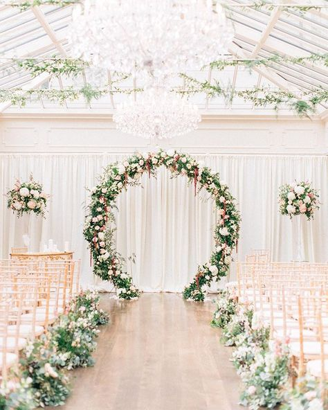 Stylish Wedding Ceremony Decor: Wedding Decor, Ceremony Styling, Wedding Ceremony Decor