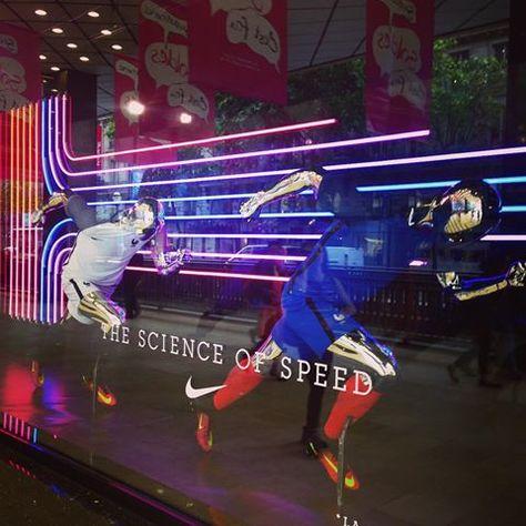 Nike windows, always on the move Nike, here at Galeries Lafayette Haussmann @galerieslafayette #nike #mannequins #move #swooch #move #onthemove #movement #sports #neon #lights #window #vitrine #galerieslafayette #haussmann #visualmerchandising #vm #display #retail #departmentstore #grandmagasin #paris #paris9 #june16
