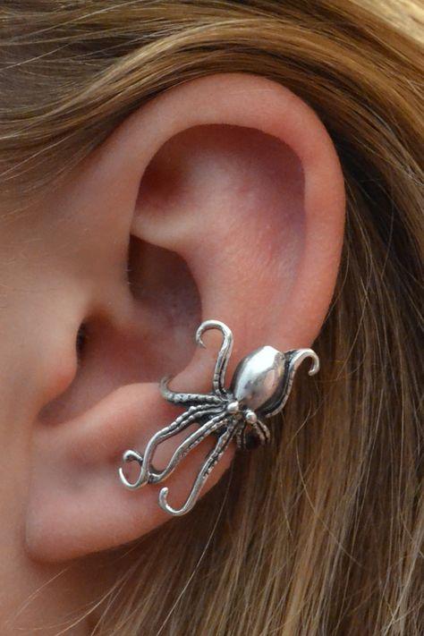 Ear Cuff - Octopus - ear wrap - silver ear wrap - silver ear cuff - non pierced - steampunk ear wrap - gold ear cuff - gold ear wrap - Juwelier - Ear Piercing Ear Jewelry, Cute Jewelry, Jewelry Accessories, Octopus Jewelry, Skull Jewelry, Hippie Jewelry, Silver Jewellery, Jewlery, Jewelry Box