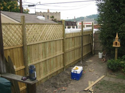 Adding Lattice To The Top Of Fencing To Create Extra Privacy Diy Privacy Fence Pallet Privacy Fences Cheap Privacy Fence