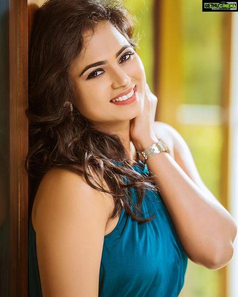 Ramya Pandiyan Wallpaper Hd Photoshoot Aan Devathai Actress Ramya Pandian  Latest Hd Gallery
