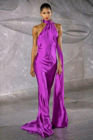 Naeem Khan Spring 2020 Fashion Show - Kleider Haute Couture Kleider Fashion Week, Fashion 2020, Runway Fashion, Fashion Show, Fashion Outfits, Fashion Fashion, Fashion Brands, High Fashion, Naeem Khan