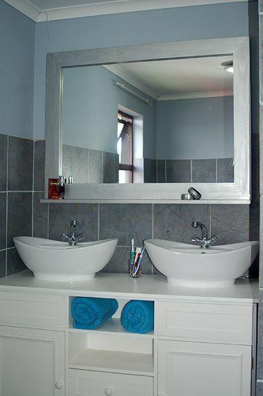 Make A Decorative Framed Mirror Diy Bathroom Decorating Mirror Frames Bathroom Mirrors Diy