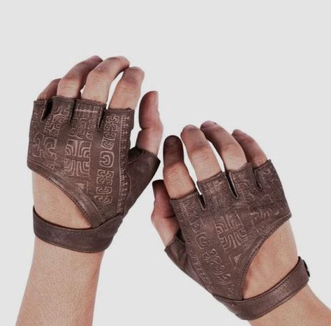 These are probably just gloves, but with the pre-Colombian reminiscent markings they might be usable for casting and divination. - Leather Fingerless Gloves Fingerless Gloves by Brown Leather Gloves, Real Leather, Black Leather, Mode Steampunk, Driving Gloves, Mode Vintage, Larp, Costume Design, Fingerless Gloves