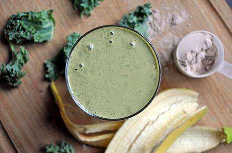 Healthy green protein shake recipe (banana, kale, non fat milk, vanilla protein)