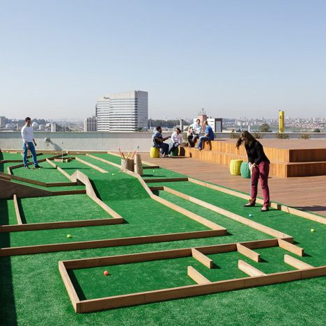 The Brazil Headquarters For Retail Conglomerate Walmart S Online Division By Estudio Guto Requena Has Colour Coded Levels And Crazy Golf Mini Golf Golf Courses