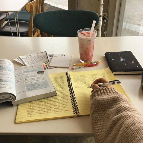 복습 인생,, 주말이 지나면 매일 나가서 공부해야지,, - #공스타그램 #공부 #카페 #카공 #일상 #대학생 #영어공부 #勉強 #study #studygram