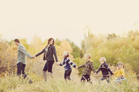Lots of cute, active poses for family with young kids
