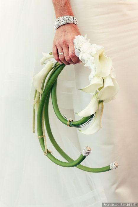 Bouquet Sposa Con Un Solo Fiore.One Flower Bouquet Un Solo Fiore Non Per Tutte Fiori Per