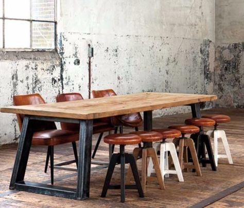 Tavolo In Vetro E Sedie.Tavoli E Sedie Di Diversi Stili E Modelli In Legno Vetro E