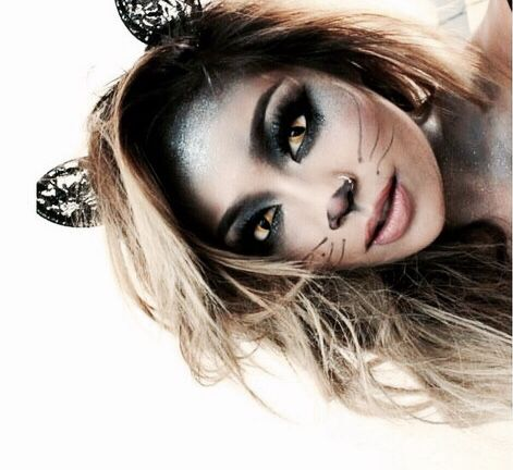 Omg This Is So Cool Meow In 2019 Cat Halloween Makeup